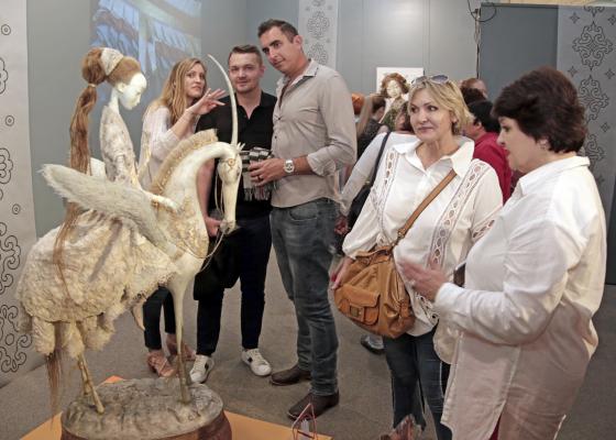 Ульгер. Куклы семьи Намдаковых во Владивостоке